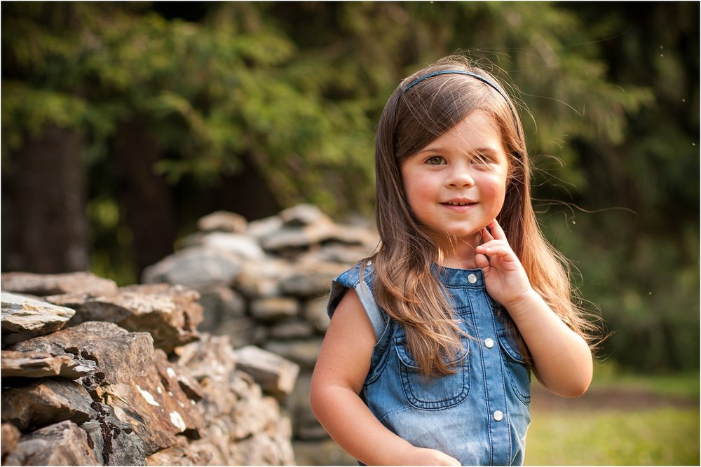 Blandy_Arboretum_Sibling_Mini_Sessions_Curtin_0004.jpg