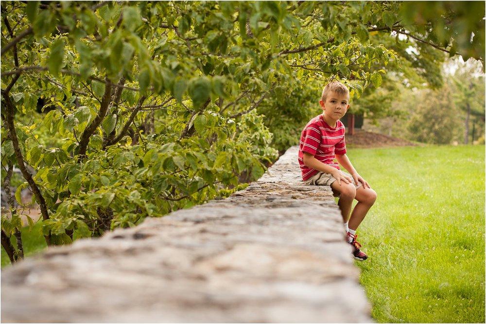 Blandy_Arboretum_Sibling_Mini_Sessions_Dodrill_0008.jpg