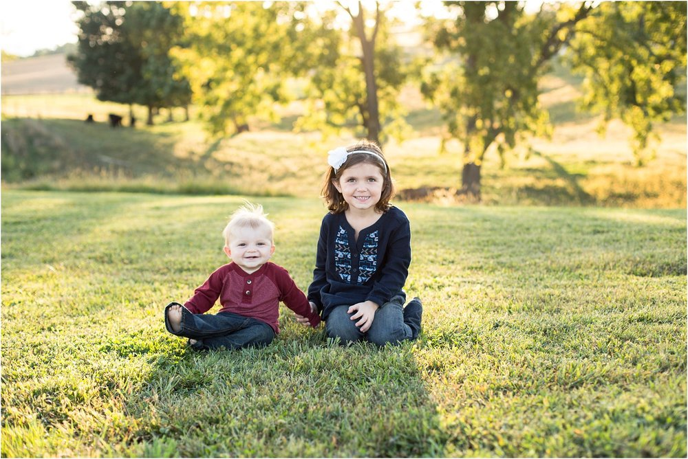 Sunny_Slope_Farm_Harrisonburg_Family_Portrait_0004.jpg