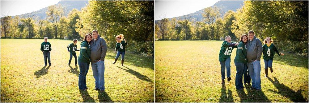Strasburg_River_Walk_Family_Portraits_Siefert_0010.jpg