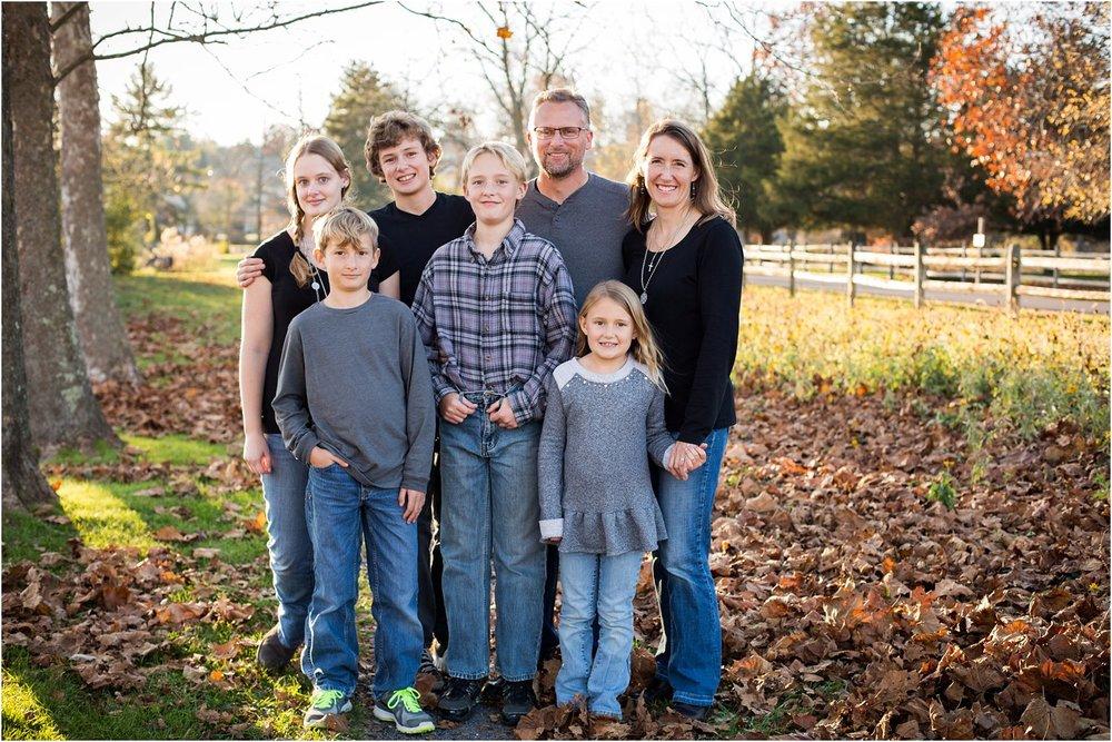 Lake_Shenandoah_Harrisonburg_VA_Family_Portrait_0001.jpg