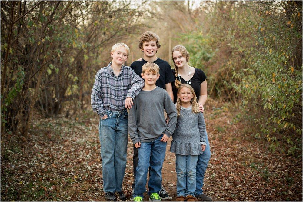 Lake_Shenandoah_Harrisonburg_VA_Family_Portrait_0020.jpg