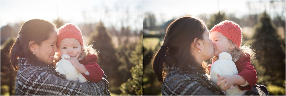 Moose_Apple_Chrismas_Tree_Farm_Family_Portraits_0012.jpg