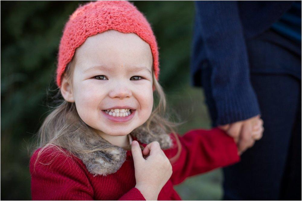 Moose_Apple_Chrismas_Tree_Farm_Family_Portraits_0016.jpg