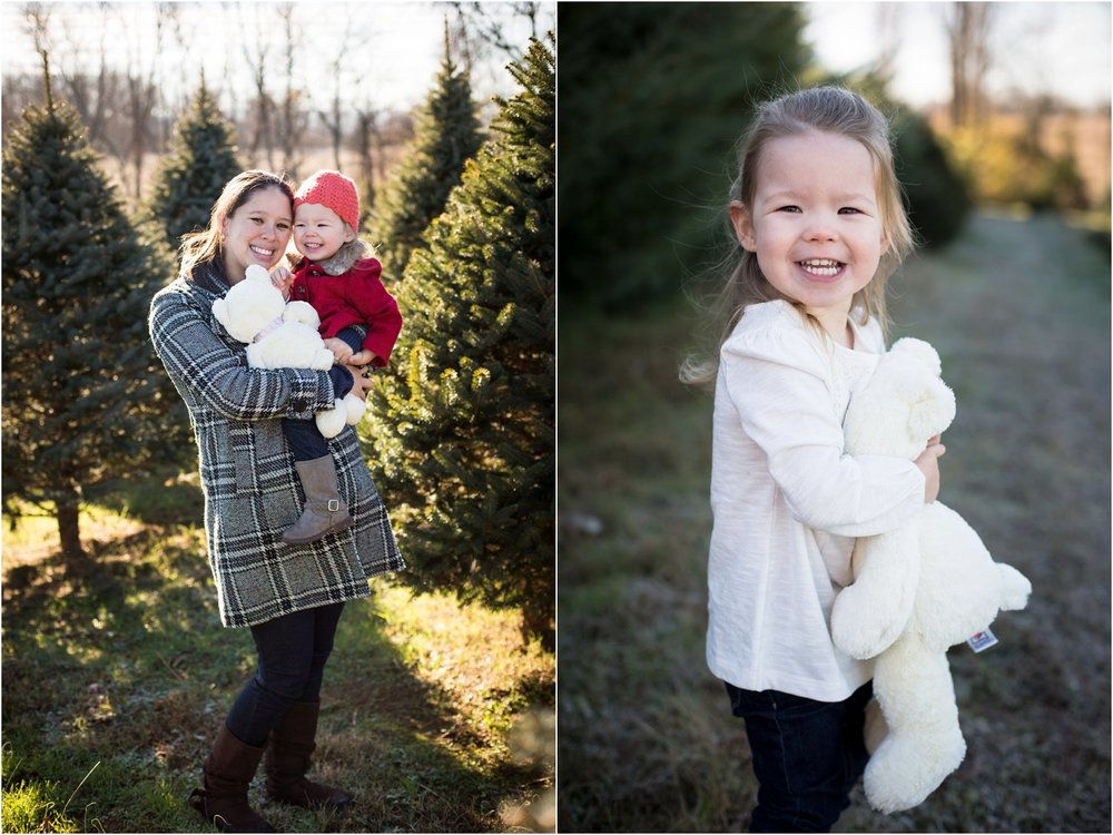 Moose_Apple_Chrismas_Tree_Farm_Family_Portraits_0020.jpg