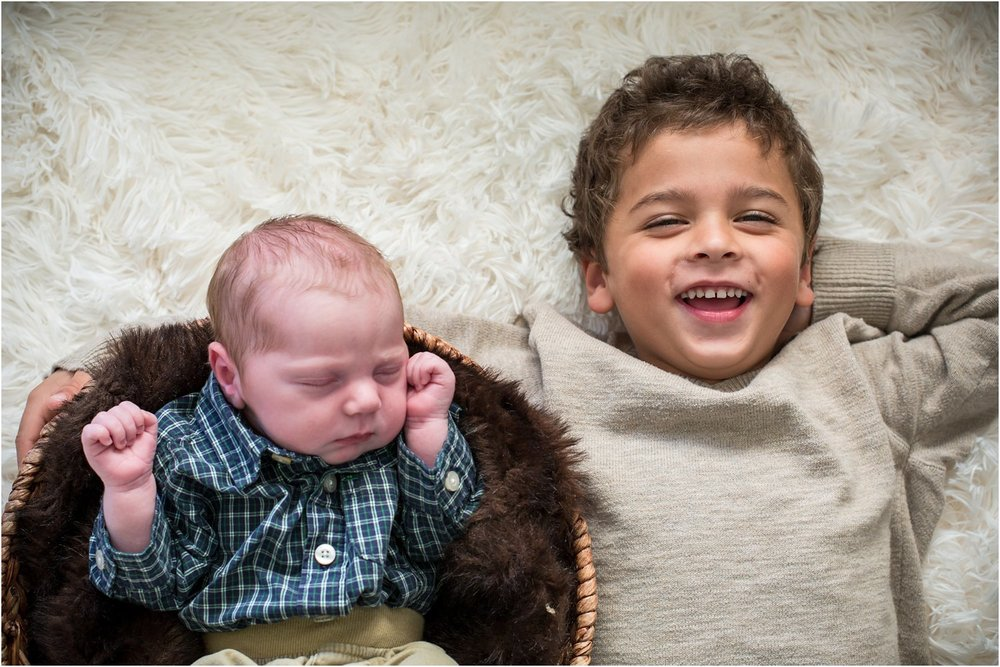 Harrisonburg_Newborn_Family_Portraits_0020.jpg