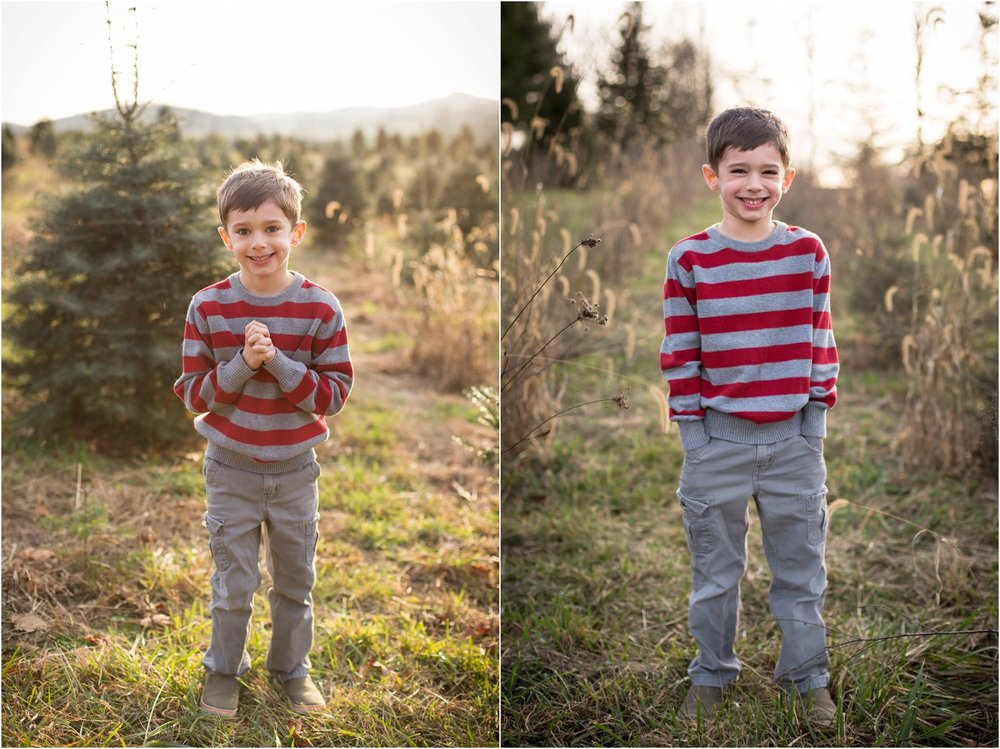 Evergreen_Christmas_Tree_Farm_Family_Portraits_0006.jpg