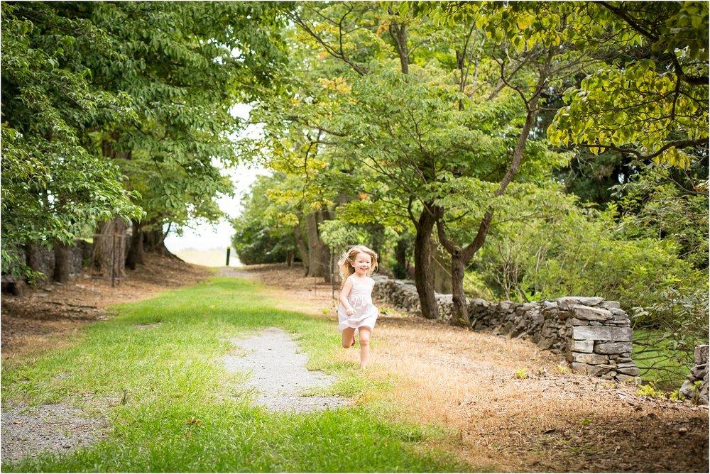 Blandy_Arboretum_Winchester_VA_Family_Photography_0011.jpg
