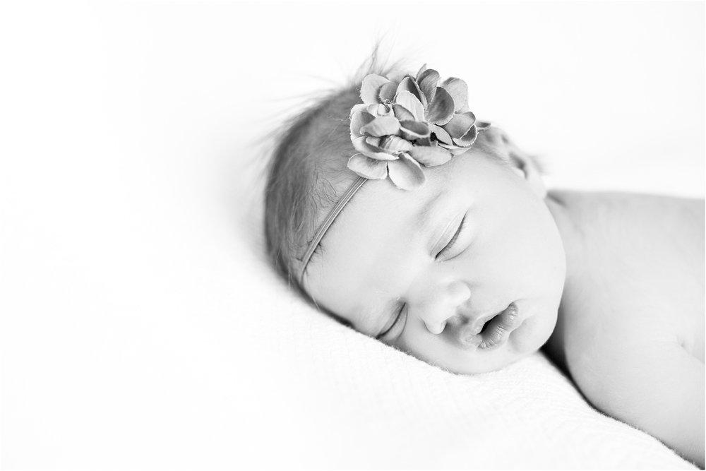 Rodes_Newborn_Harrisonburg_VA_Photography_0018.jpg