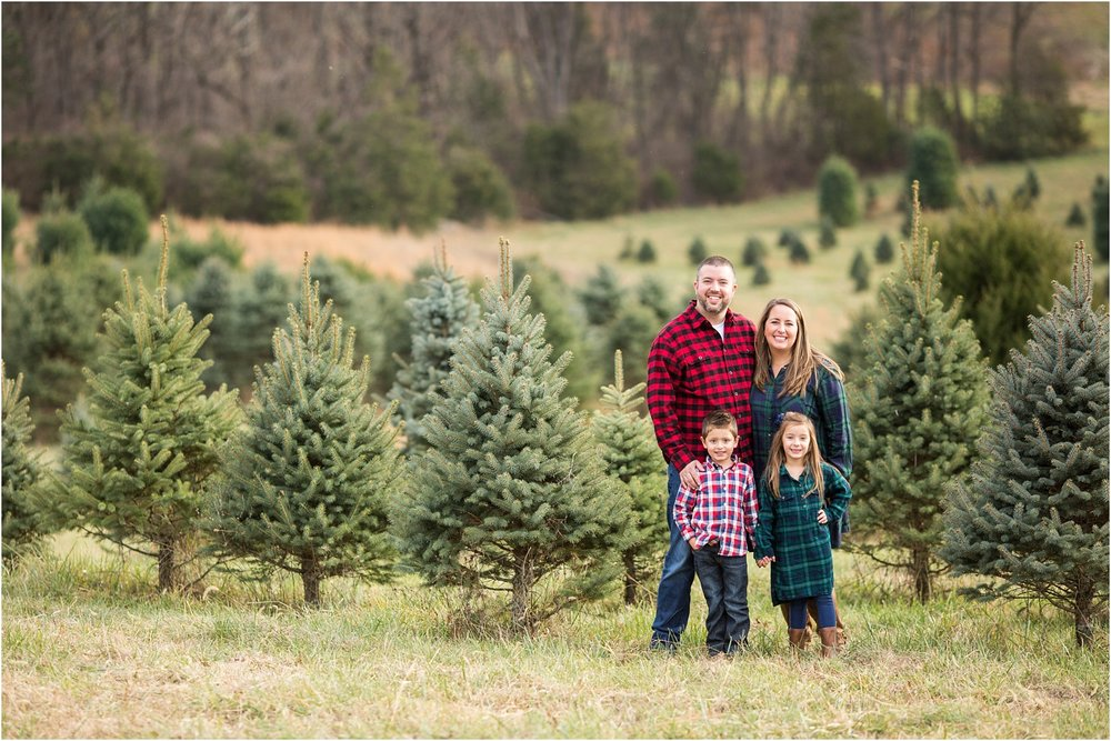 Tree_Farm_Portraits_Harrisonburg_VA_Photography_0008.jpg