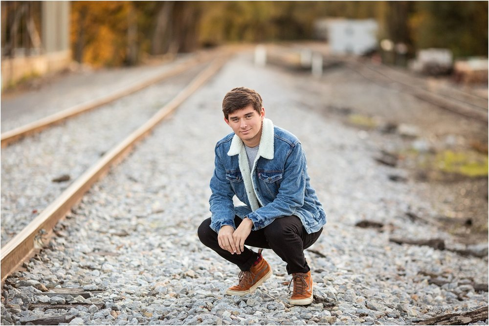 Thompson_Senior_Photography_Harrisonburg_VA_0009.jpg