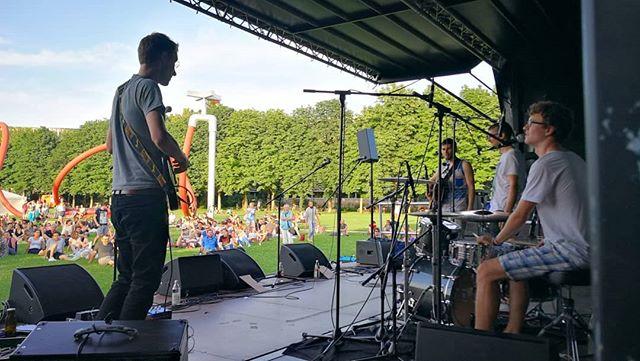 #freiburgstimmtein #freiburg #openair #festival #singersongwriter #eschholzpark #summertime #gutemusik #geilelivemusik