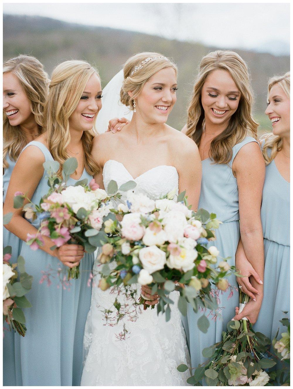 white-oaks-barn-dahlonega-wedding-photographer-christina-pugh_0014.jpg