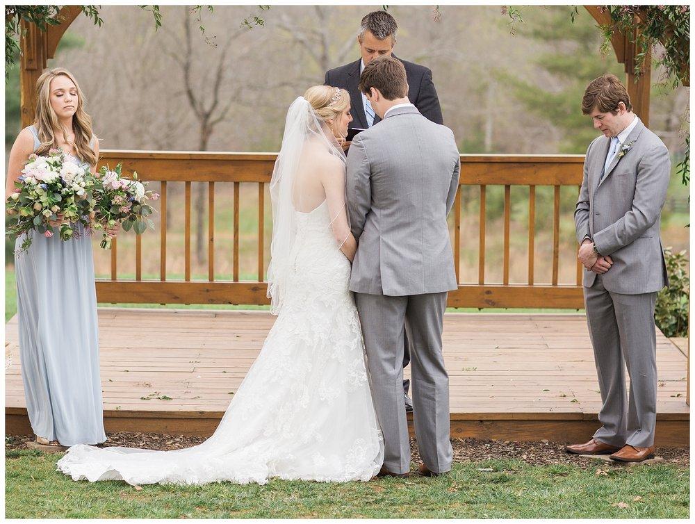 white-oaks-barn-dahlonega-wedding-photographer-christina-pugh_0026.jpg