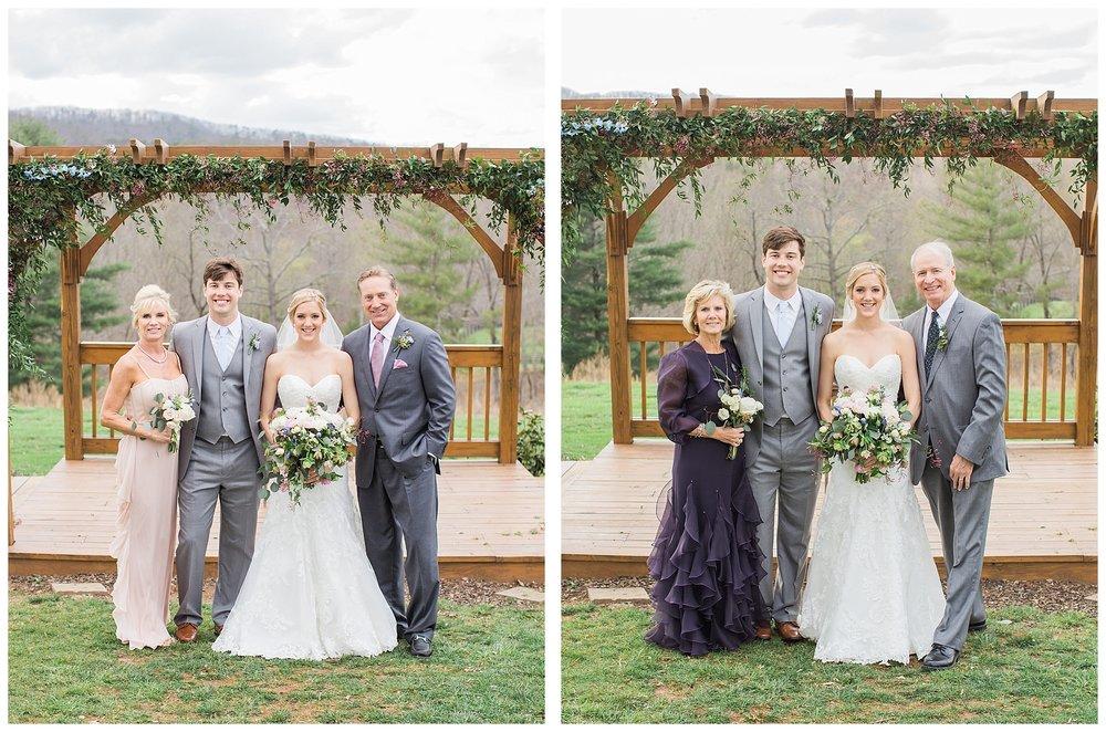 white-oaks-barn-dahlonega-wedding-photographer-christina-pugh_0029.jpg
