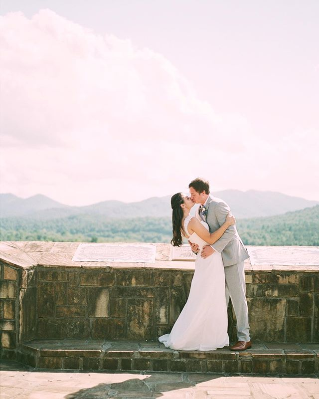 post-first-look-kisses with a pretty stellar backdrop. xoxo @sarahandpickles @gough431 @brasstown_valley