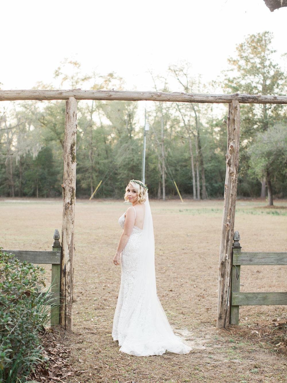 duncannon-plantation-bridal-session-aiken-sc-south-carolina-11.jpg