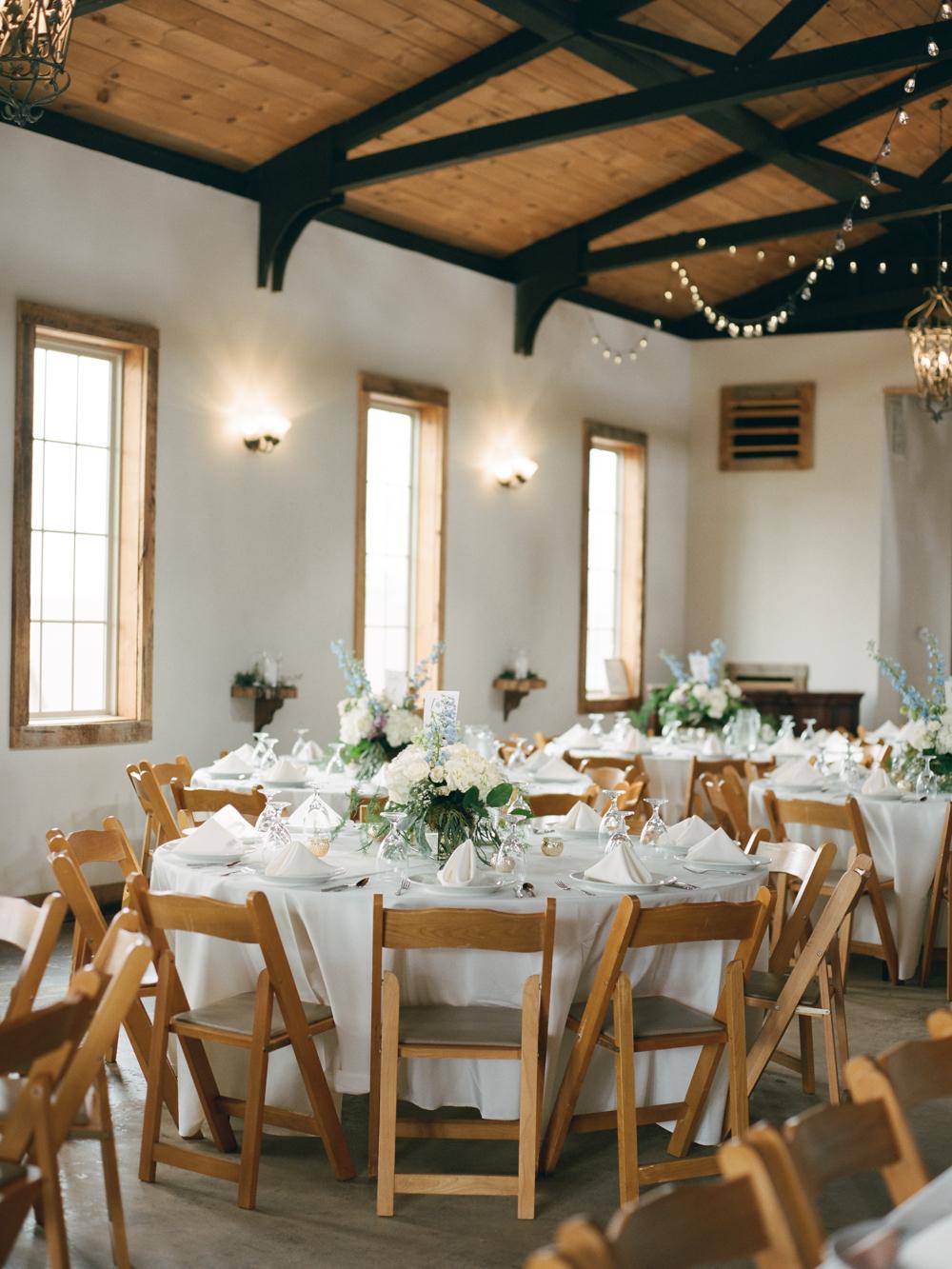 white-oaks-barn-wedding-dahlonega-ga-photographer-7.jpg