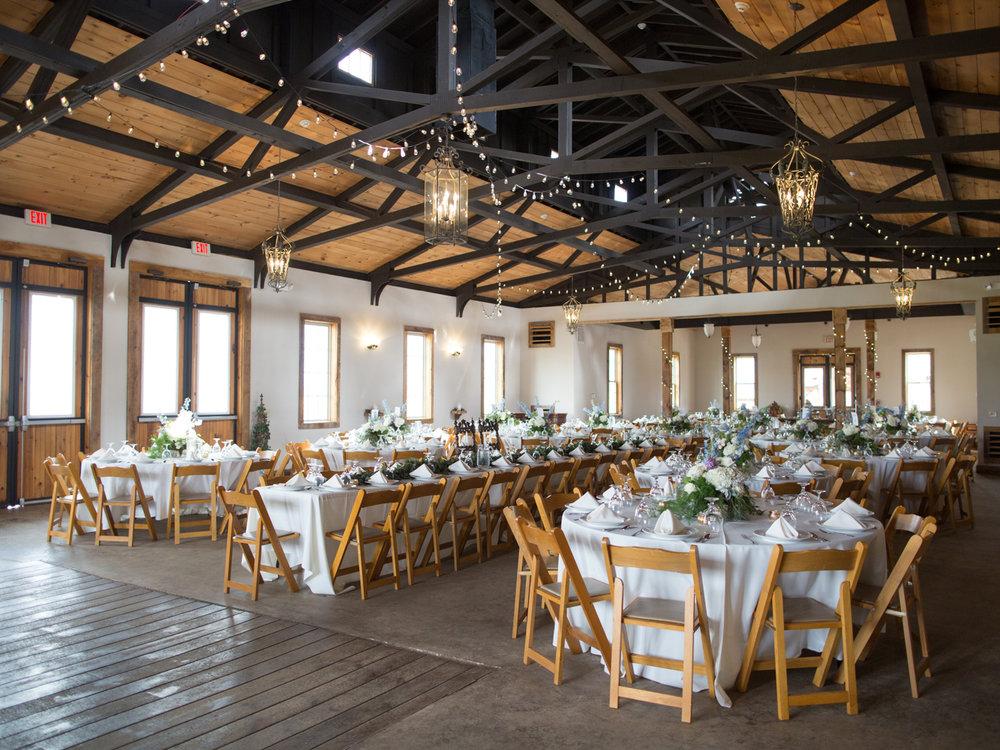 white-oaks-barn-wedding-dahlonega-ga-photographer-9.jpg