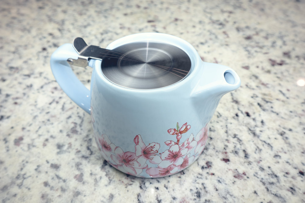 ALFRED TEAPOT ($26) - I'm sipping in style with my little teapot!