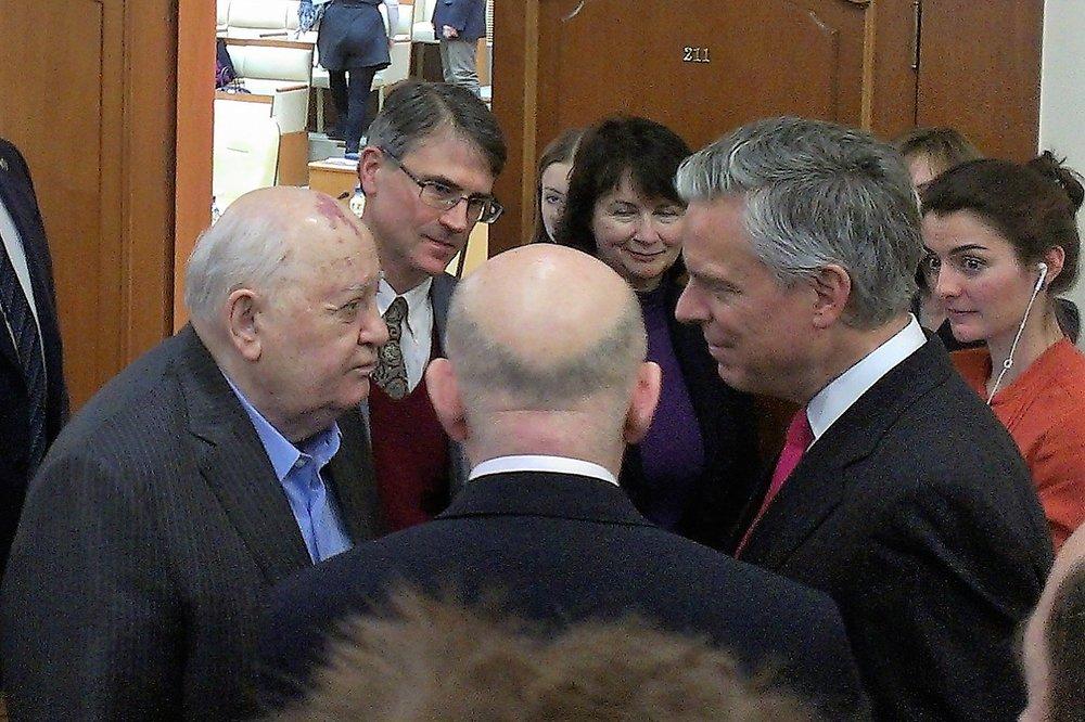 Gorbachev, Justin, Palazhchenko and Ambassador Jon Huntsman  Photo: Marina Buligina, Vesmir Publishers