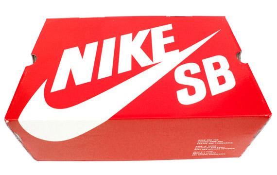 ohwego_sneaker_Box.jpg