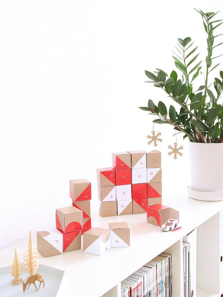 ohwego_snug_boxes_Advent.jpg