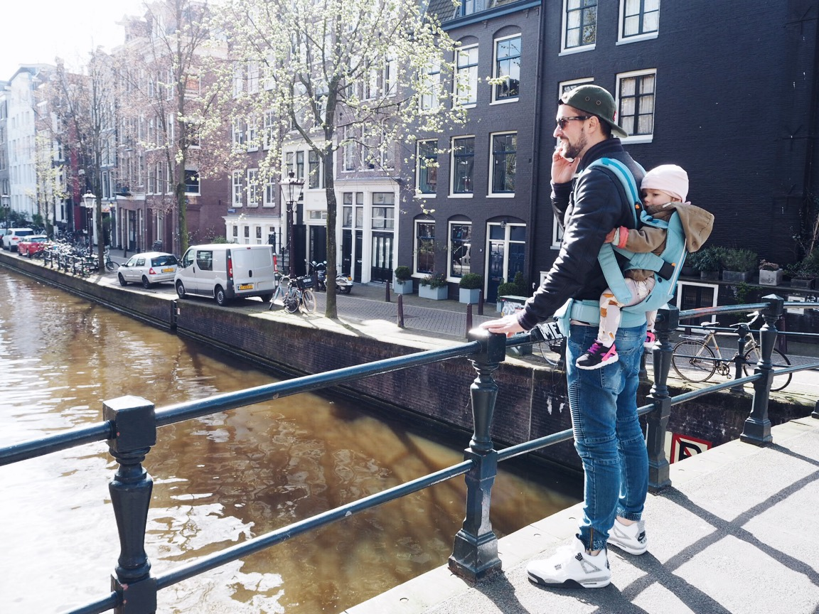 Unterwegs in Amsterdam // Die Babytrage One Outdoors von Babybjörn