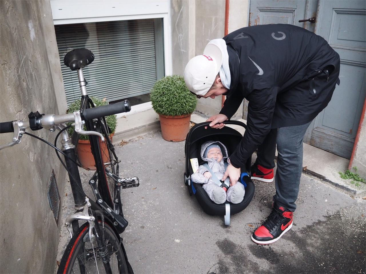 3. Adventverlosung // Sicher ans Ziel mit der BabySafe i-Size Babyschale von Britax Römer (closed)