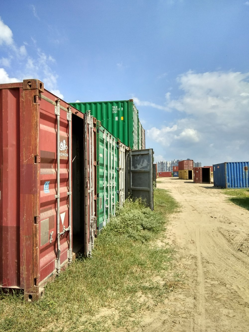 Sourcing a container