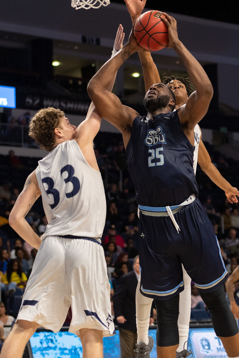 Mens Basketball: Virginia Wesleyan vs Old Dominion