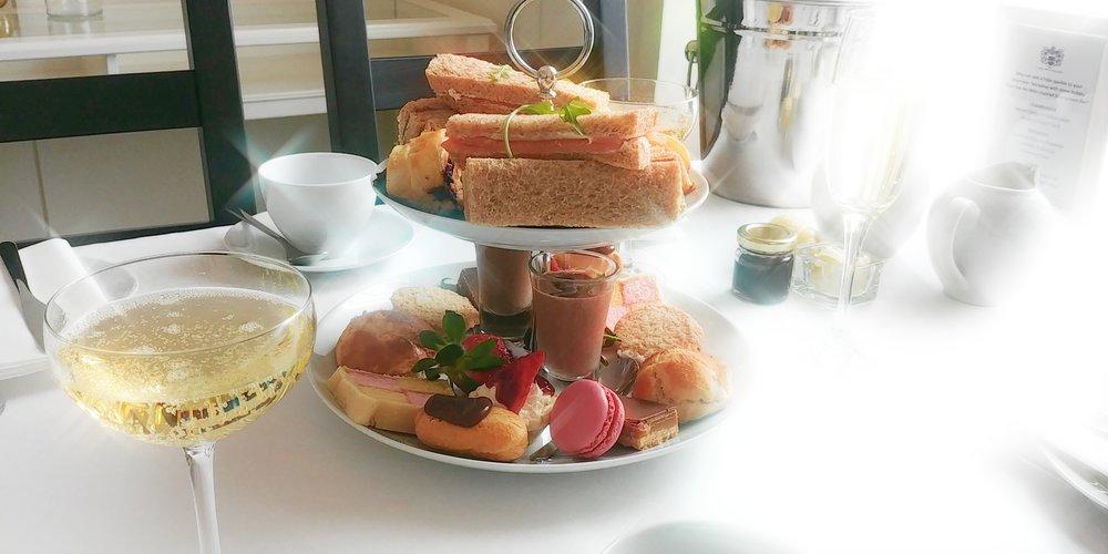 Cake_Stand_Afternoon_Tea.jpg