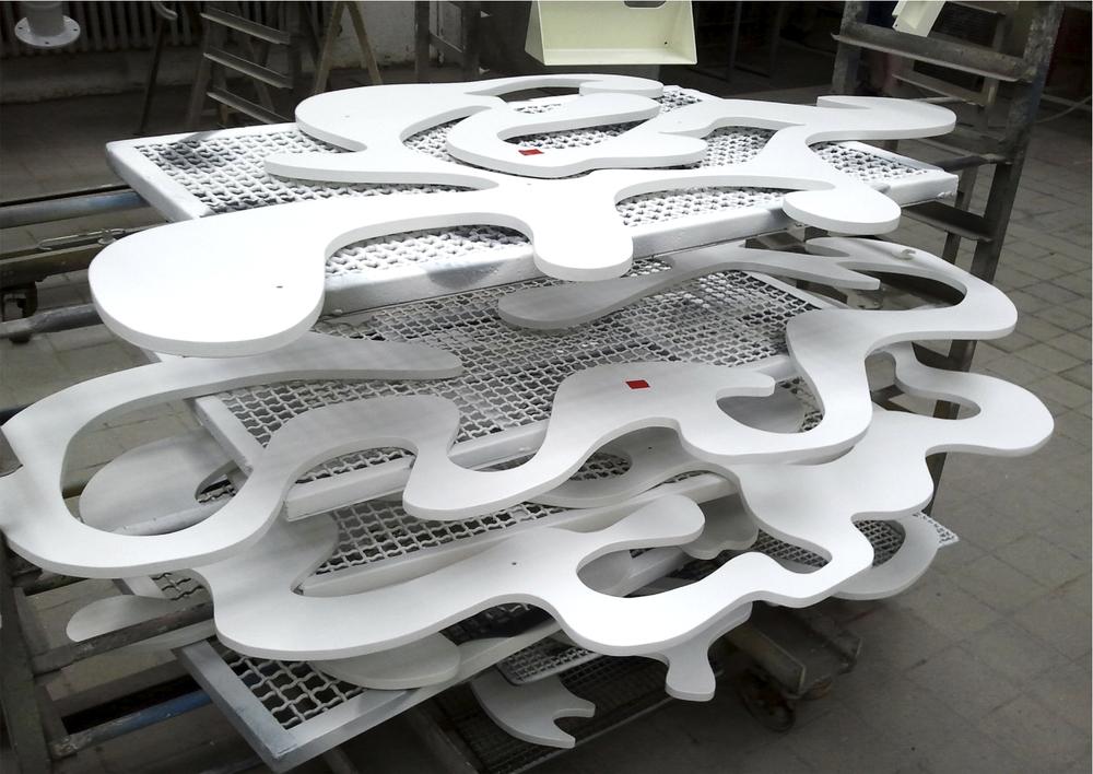 Material: 25mm, Multiplexplatten matt lackiert Motiv: Seetang Fundort: Nordseeküste Format: 2 m x 2,50 cm