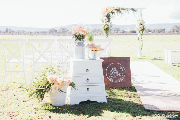 swan-valley-open-day-2015-oakover-winery-photography-perth-earthbound-images-natural-florist-stylist-hire-furniture-ceremony-expo-27.jpg