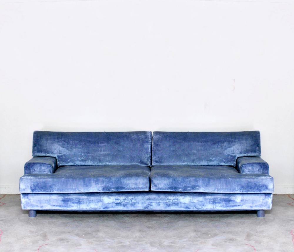 diplomat sofa.jpg