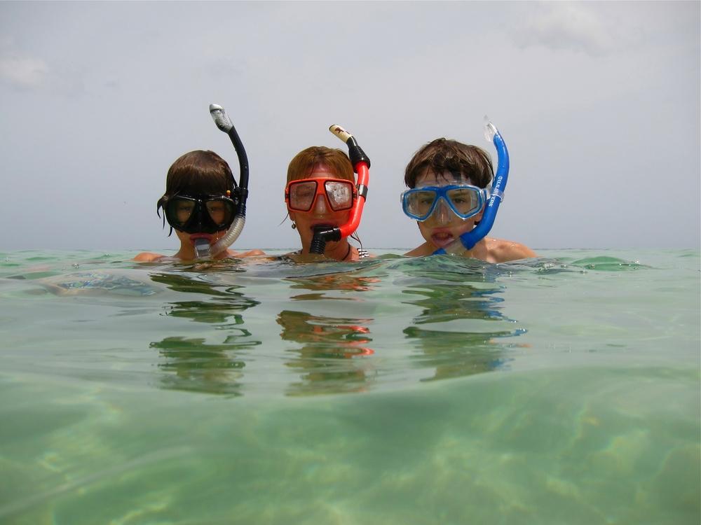 snorkelers.jpg