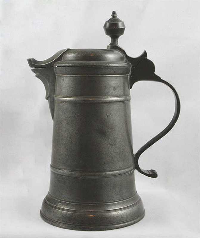 This is a flagon.  I just learned more than I've learned all week by writing the above two paragraphs.  99% sure I can fit this in my bra.