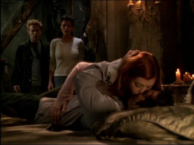 Buffy308-kiss.jpg