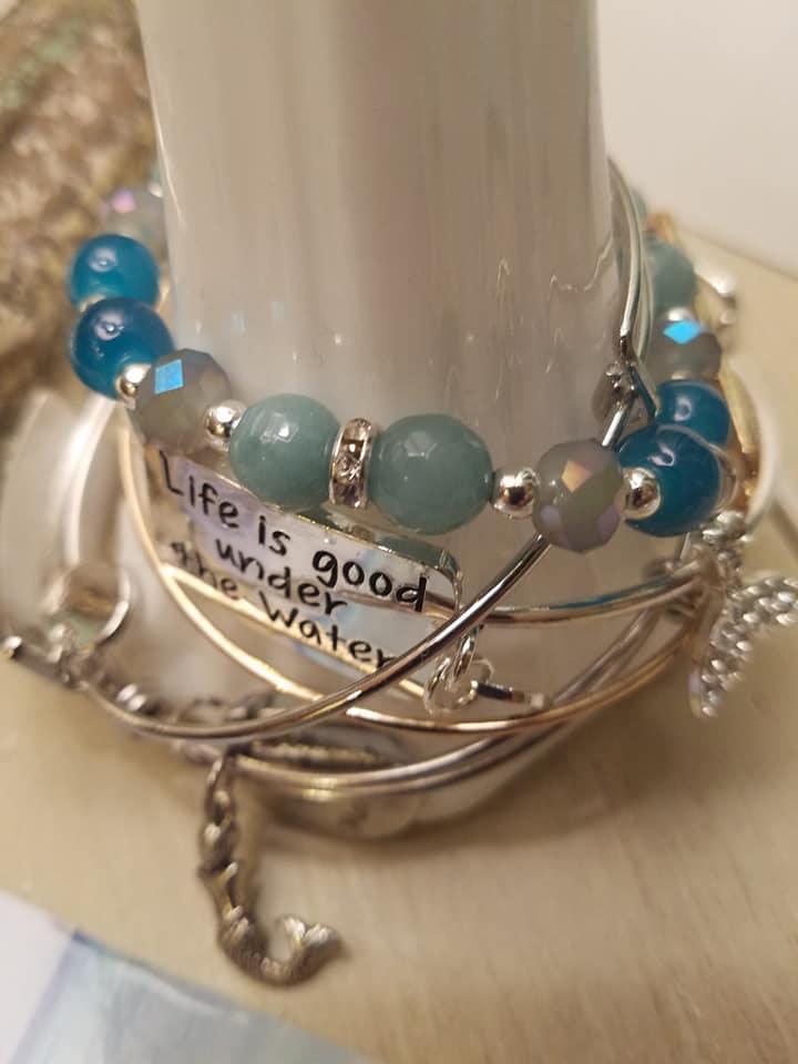blue-bead-bracelet.jpg