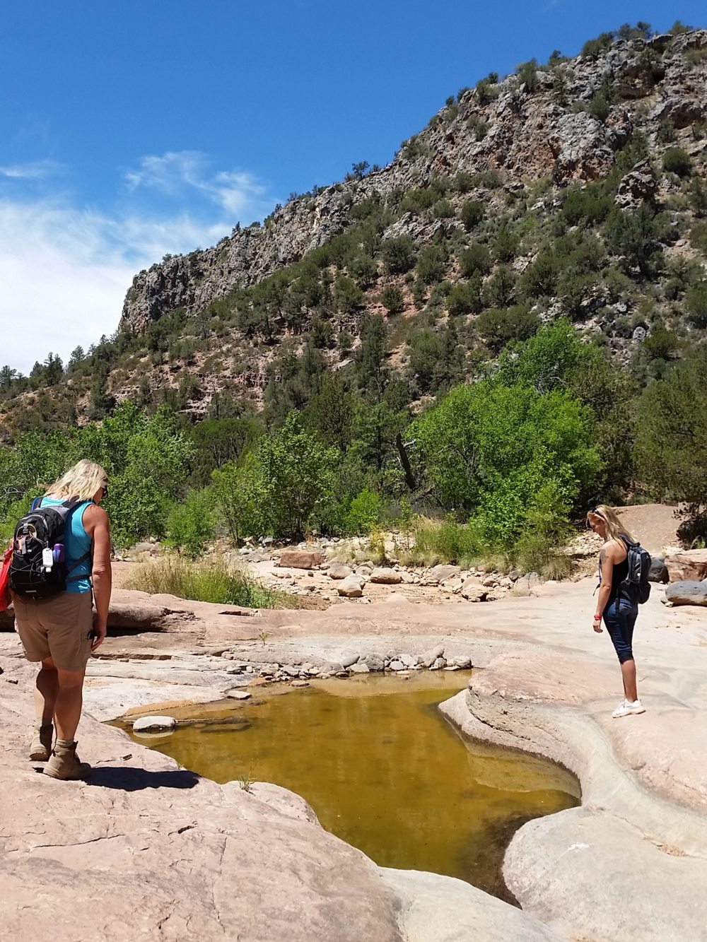 hike-to-fossil-springs