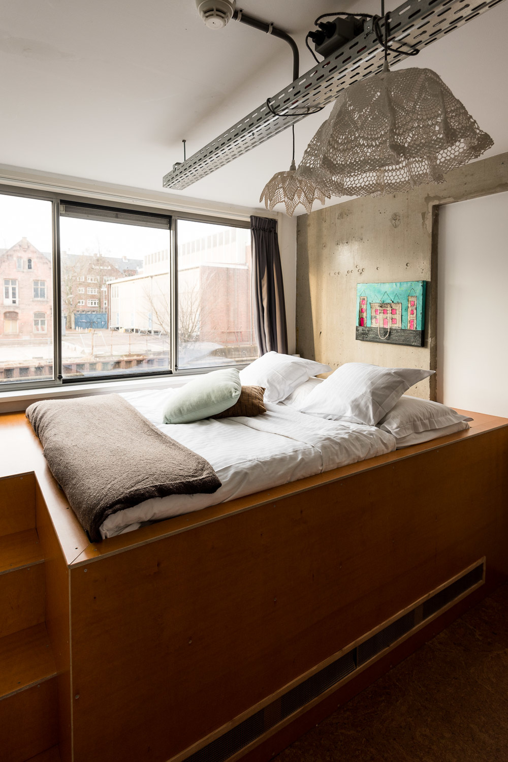 Private Bedroom at Amsterdam: Ecomama Hotel