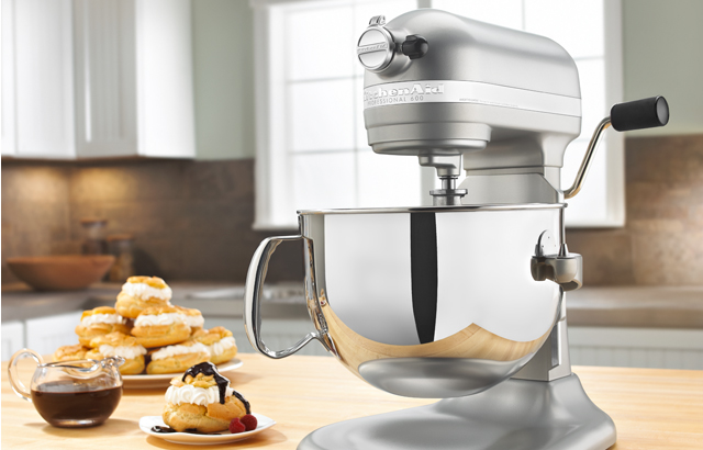 The famous KitchenAid Stand Mixer so you or he can make all the cookies and fresh pasta you need  - FOODIE GIFT IDEAS - THE ULTIMATE GIFT LIST FOR MODERN MEN