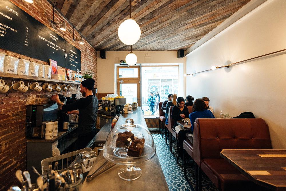 Déjeuner chez Holybelly à Paris -Toutes les photos sont sous Copyright © 2017 Jeff Frenette Photography / dezjeff. Pour utilisation des photos, me contacter au dezjeff@me.com
