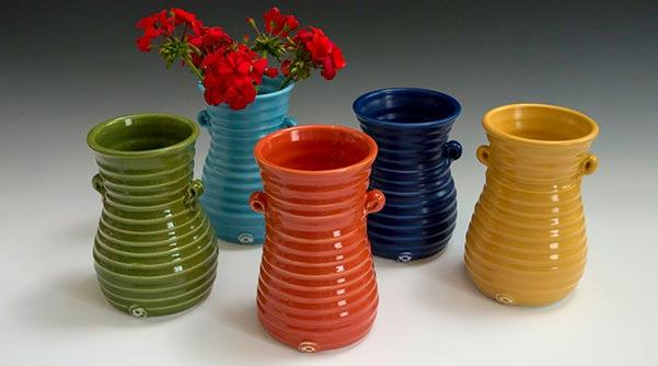 ringware-vases-geraniums.jpg