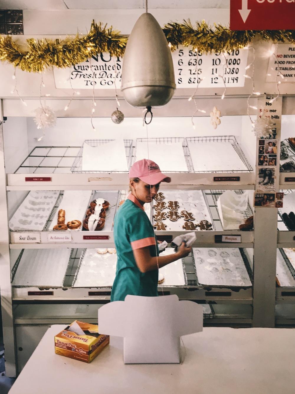 peter_pan_donuts.jpg