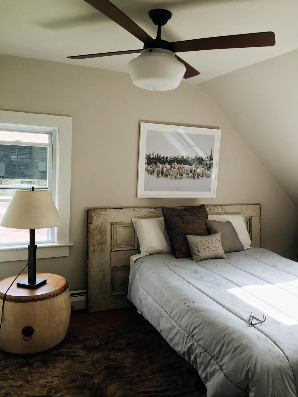 silent_g_bedroom
