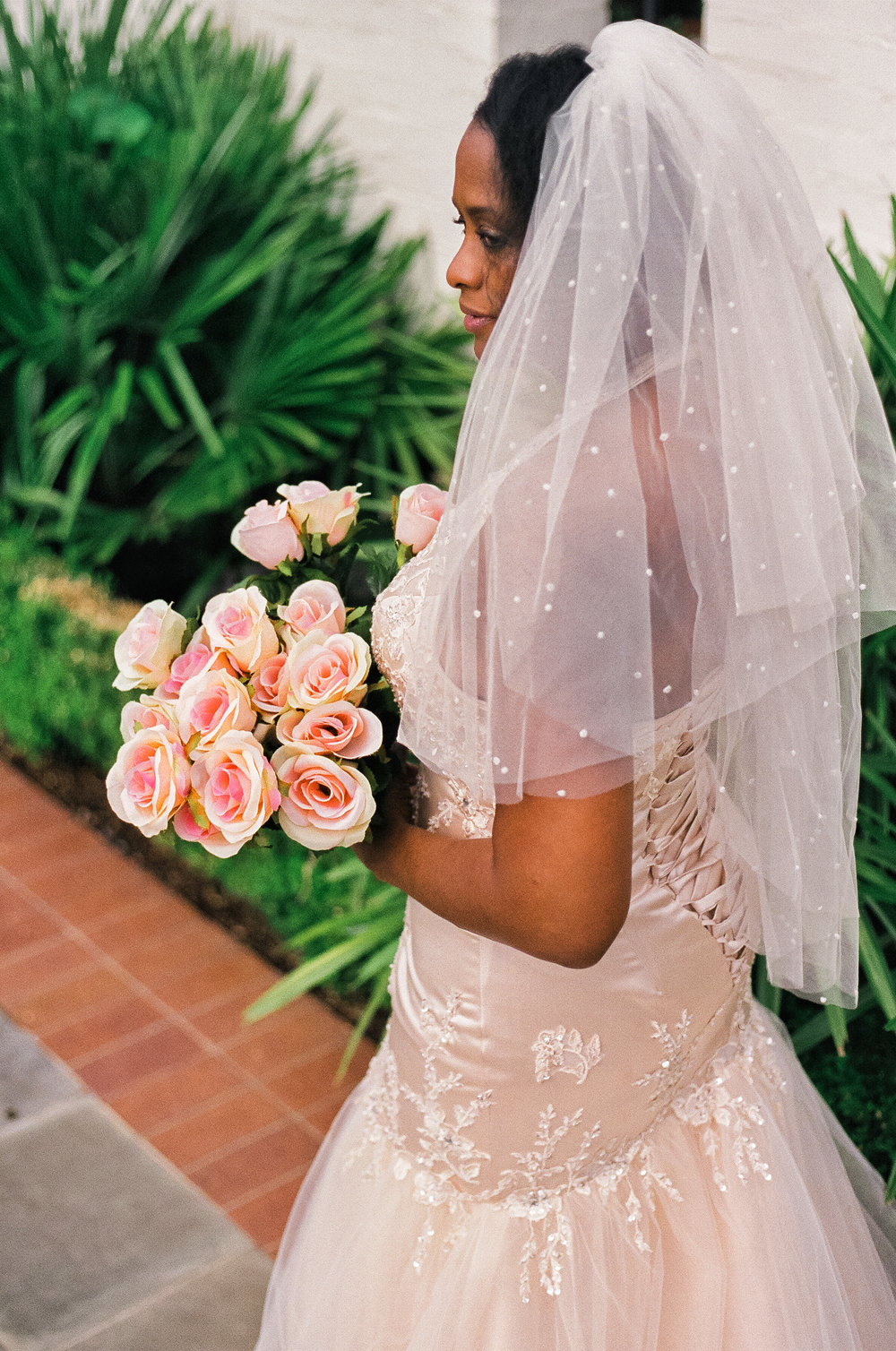 bride portrait dallas arboretum