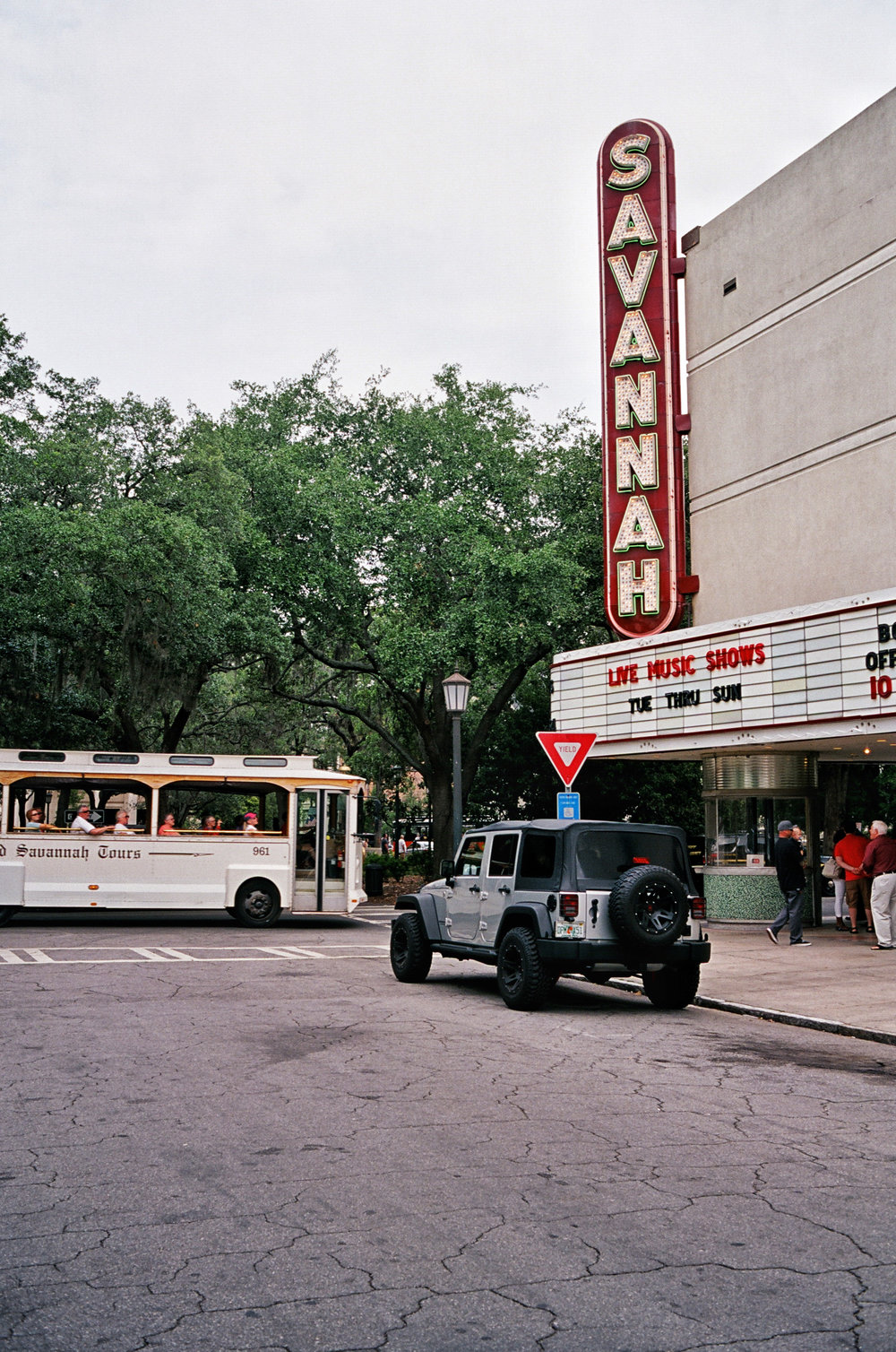 savannah theatre 35mm film kodak portra 400