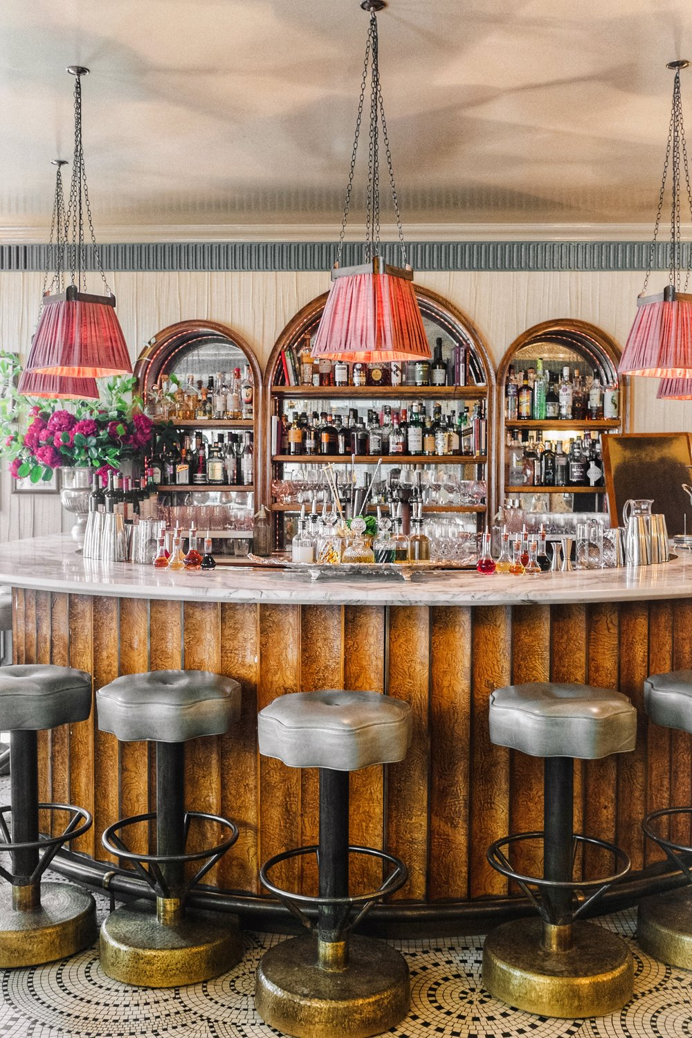 bar of champagne room kettners townhouse
