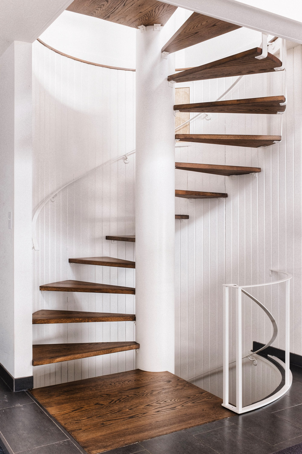 the linden house stairway